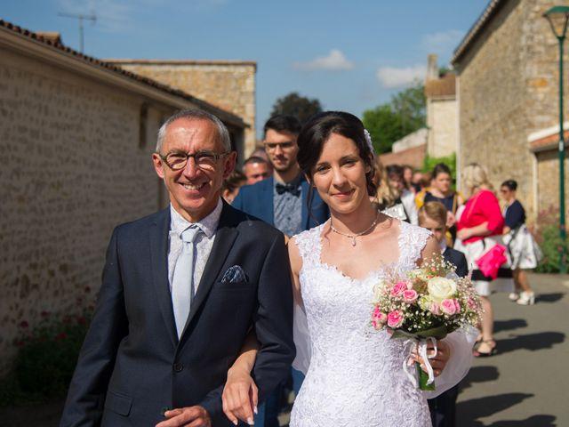 Le mariage de Julien et Johanna à Corpe, Vendée 12
