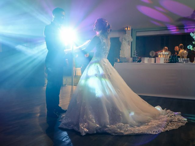 Le mariage de Julien et Alona à Morsang-sur-Orge, Essonne 224