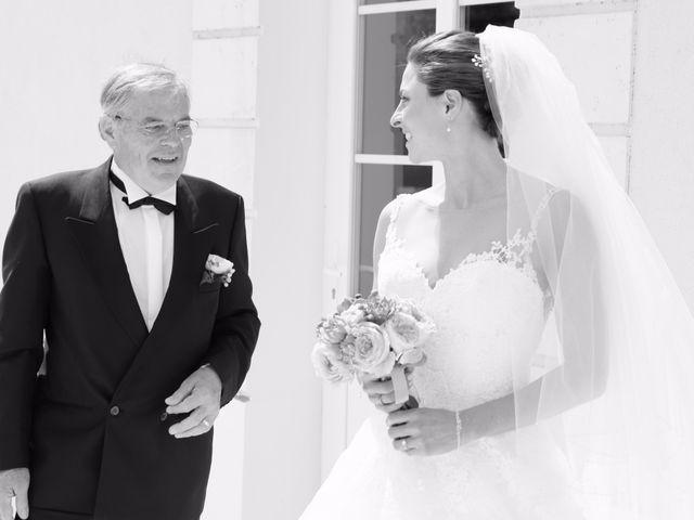Le mariage de Alexandre et Marion à Fresneaux-Montchevreuil, Oise 13
