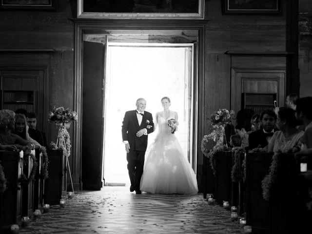 Le mariage de Alexandre et Marion à Fresneaux-Montchevreuil, Oise 14