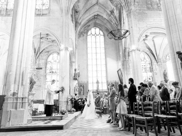 Le mariage de Alexandre et Marion à Fresneaux-Montchevreuil, Oise 16