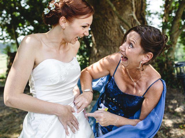 Le mariage de Olivier et Julie à Cossé-le-Vivien, Mayenne 21