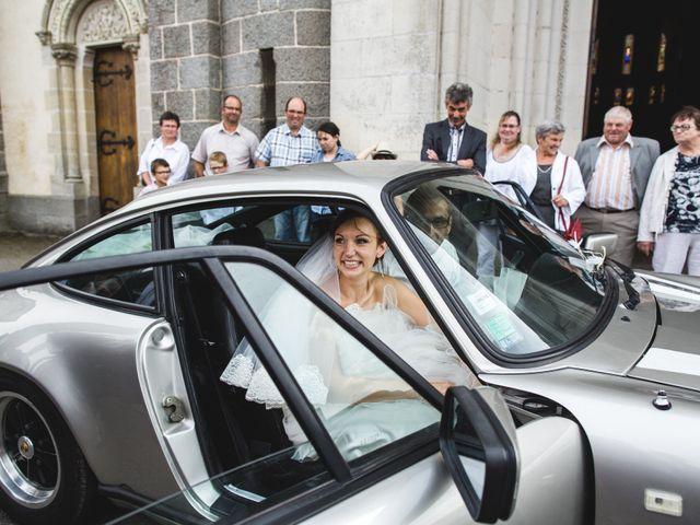 Le mariage de Olivier et Julie à Cossé-le-Vivien, Mayenne 40