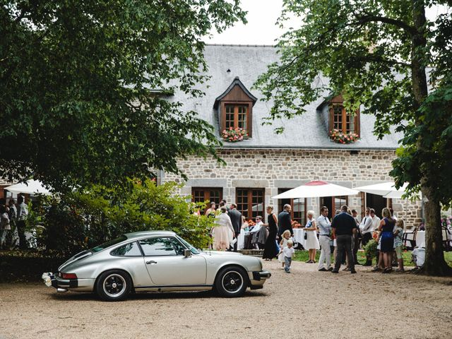 Le mariage de Olivier et Julie à Cossé-le-Vivien, Mayenne 42
