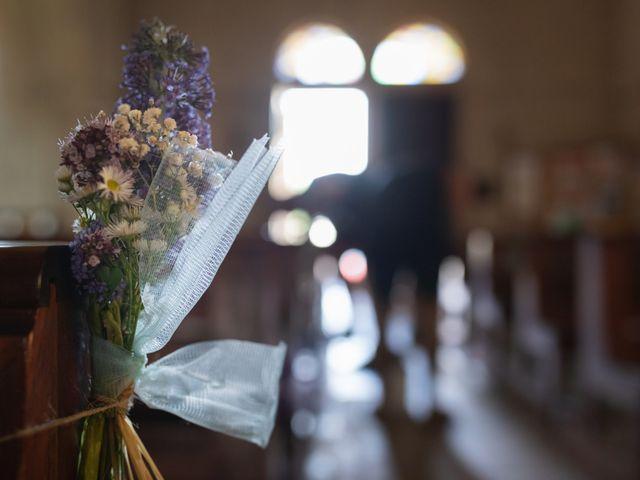 Le mariage de Julien et Emilie à Fareins, Ain 6