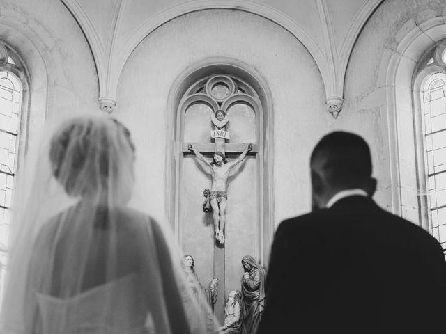 Le mariage de Julien et Emilie à Fareins, Ain 7
