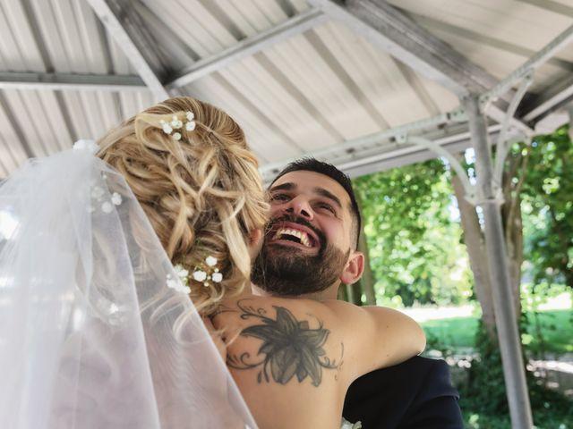 Le mariage de Julien et Emilie à Fareins, Ain 18