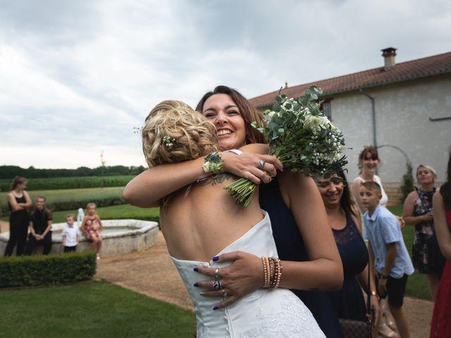 Le mariage de Julien et Emilie à Fareins, Ain 30