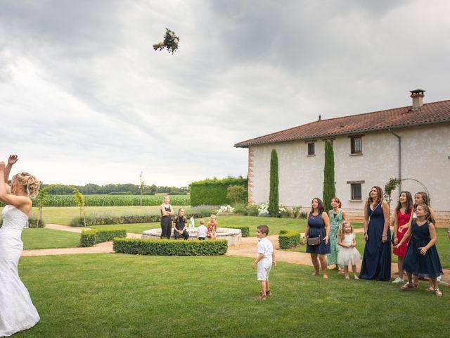Le mariage de Julien et Emilie à Fareins, Ain 36