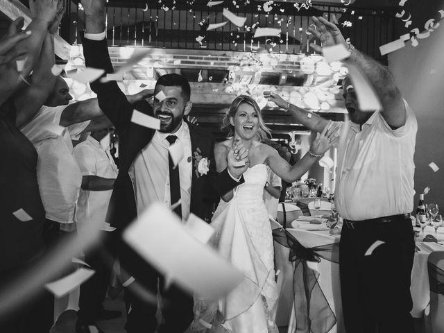 Le mariage de Julien et Emilie à Fareins, Ain 45