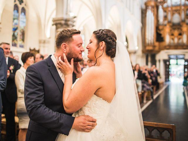 Le mariage de Romain et Charlotte à Hem, Nord 21