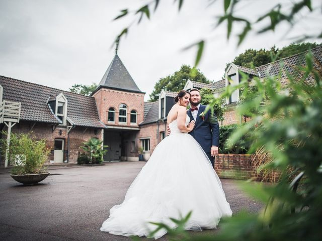 Le mariage de Romain et Charlotte à Hem, Nord 46