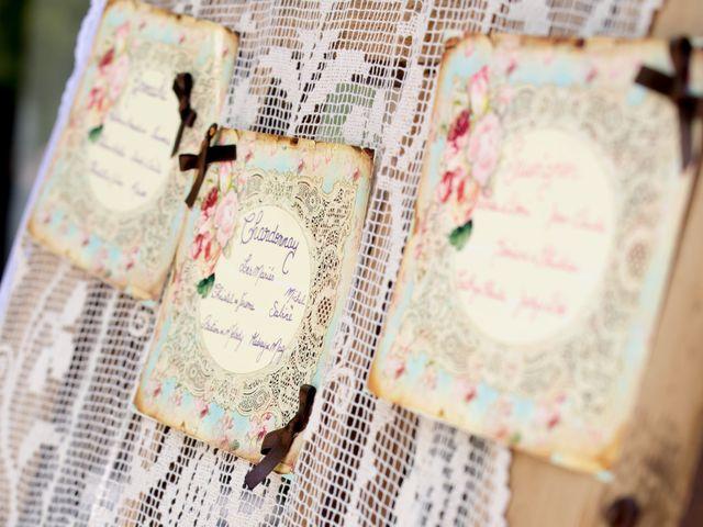 Le mariage de Jean Daniel et Magali à Grans, Bouches-du-Rhône 23
