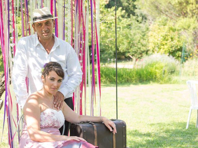 Le mariage de Jean Daniel et Magali à Grans, Bouches-du-Rhône 37