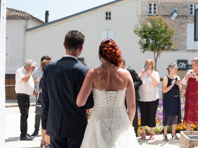 Le mariage de Jérémy et Aurélie à Brioux-sur-Boutonne, Deux-Sèvres 13