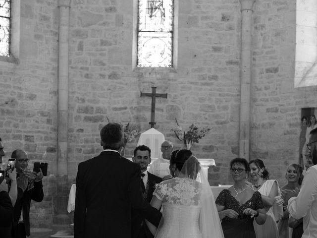 Le mariage de Jérémy et Aurélie à Brioux-sur-Boutonne, Deux-Sèvres 19