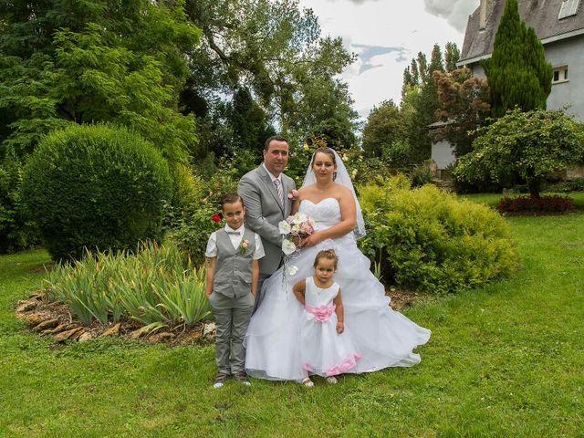 Le mariage de Maxime et Lucile à Avaux, Ardennes 12