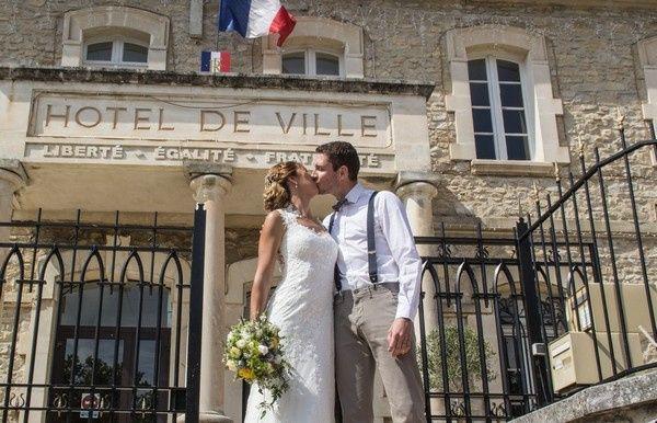 Le mariage de Nicolas et Melissa à Lançon-Provence, Bouches-du-Rhône 1