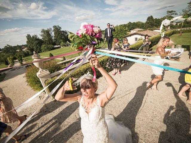 Le mariage de Cédric et Angélique à Villenave-d'Ornon, Gironde 37