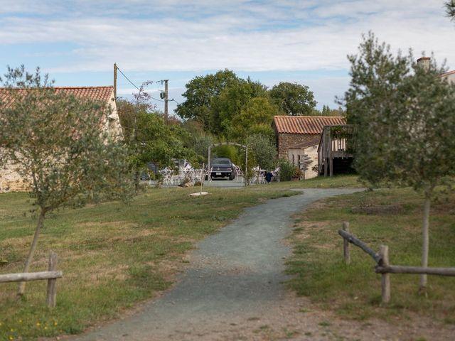 Le mariage de Jean-Charles et Anne-Blanche à Jard-sur-Mer, Vendée 9