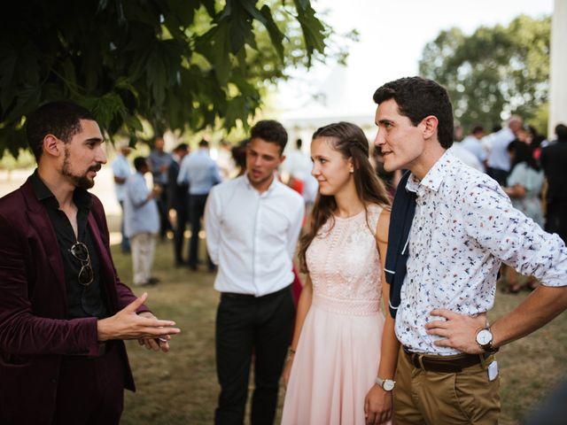 Le mariage de Thomas et Moly à Bordeaux, Gironde 37