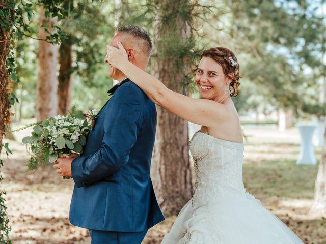 Le mariage de Émilie et Yann à Preux-au-Bois, Nord 1