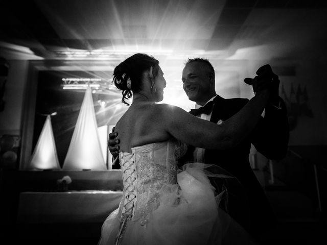Le mariage de Émilie et Yann à Preux-au-Bois, Nord 6