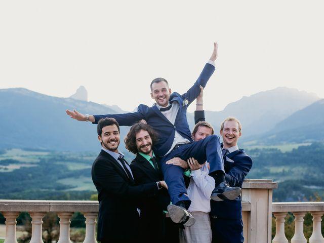 Le mariage de Alexandre et Marie à Grenoble, Isère 11