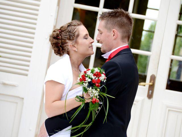 Le mariage de Xavier et Dorine à Saint-Étienne-des-Oullières, Rhône 11