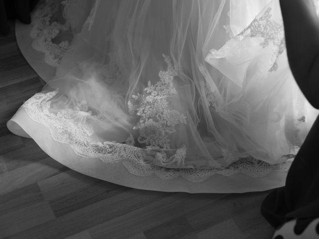 Le mariage de David et Agathe à Chizé, Deux-Sèvres 28