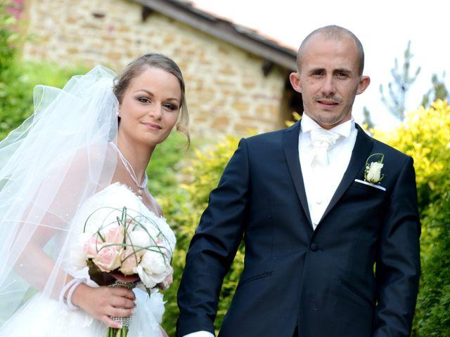 Le mariage de Julien et Gaëlle à Chazay-d'Azergues, Rhône 7