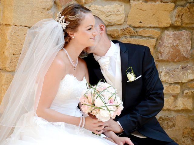 Le mariage de Julien et Gaëlle à Chazay-d'Azergues, Rhône 14