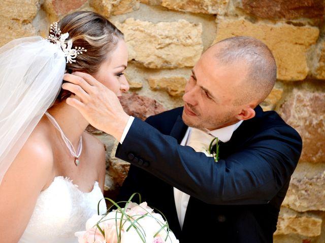 Le mariage de Julien et Gaëlle à Chazay-d'Azergues, Rhône 15