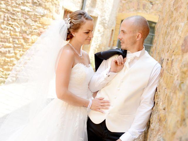 Le mariage de Julien et Gaëlle à Chazay-d'Azergues, Rhône 16