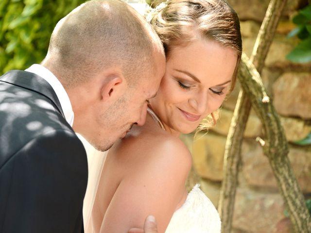Le mariage de Julien et Gaëlle à Chazay-d'Azergues, Rhône 24