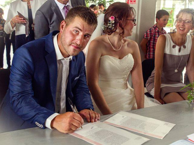 Le mariage de Fabrice et Amélie à Sainte-Sigolène, Haute-Loire 25