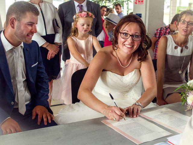 Le mariage de Fabrice et Amélie à Sainte-Sigolène, Haute-Loire 26