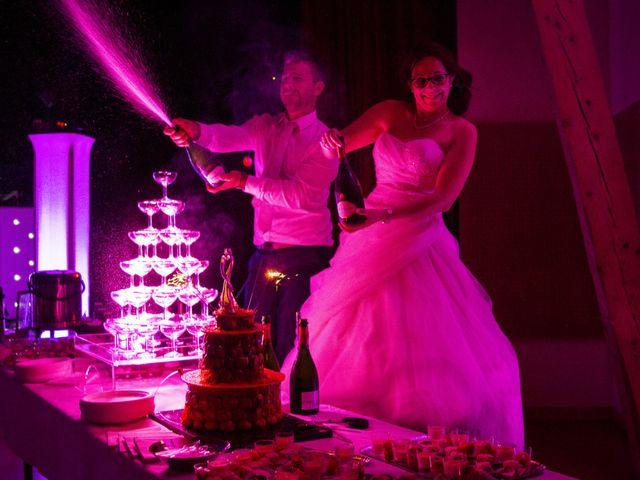 Le mariage de Fabrice et Amélie à Sainte-Sigolène, Haute-Loire 51