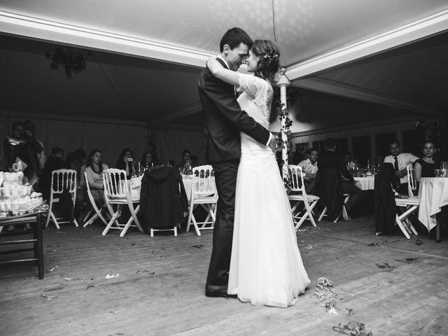Le mariage de Jonas et Marike à Miradoux, Gers 13