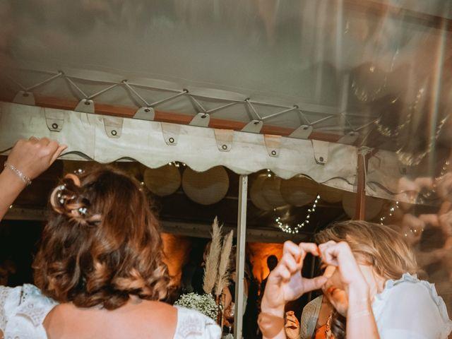 Le mariage de Sébastien et Coralie à Sancerre, Cher 56
