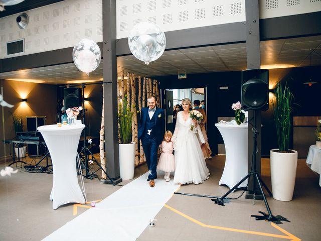 Le mariage de Julien et Sophie à Besançon, Doubs 18