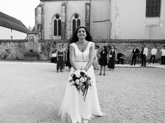 Le mariage de Corentin et Isabelle à Corcelles-lès-Cîteaux, Côte d'Or 44