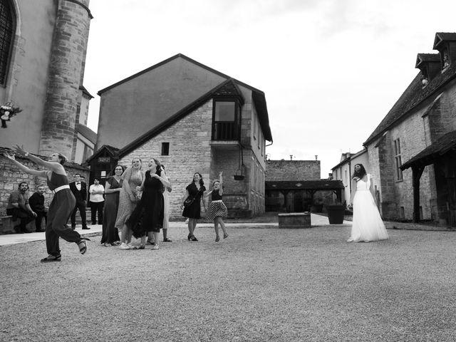 Le mariage de Corentin et Isabelle à Corcelles-lès-Cîteaux, Côte d'Or 45