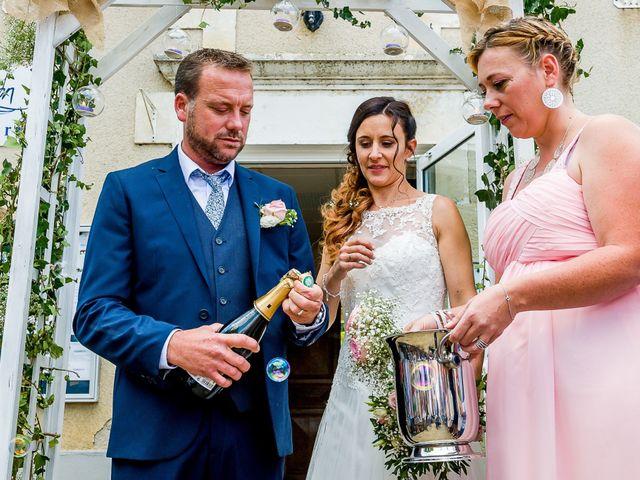 Le mariage de Cedric et Amelie à Voulon, Vienne 20