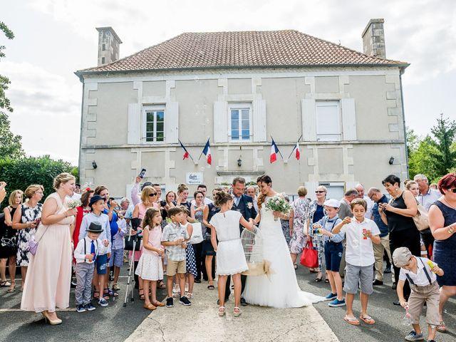Le mariage de Cedric et Amelie à Voulon, Vienne 21