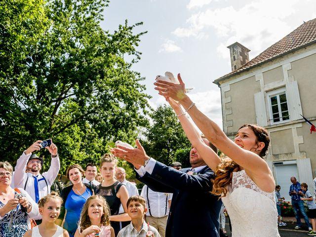 Le mariage de Cedric et Amelie à Voulon, Vienne 23