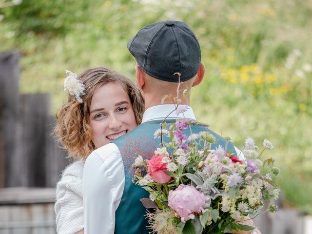 Le mariage de Nathalie et Benjamin à Hauteluce, Savoie 10