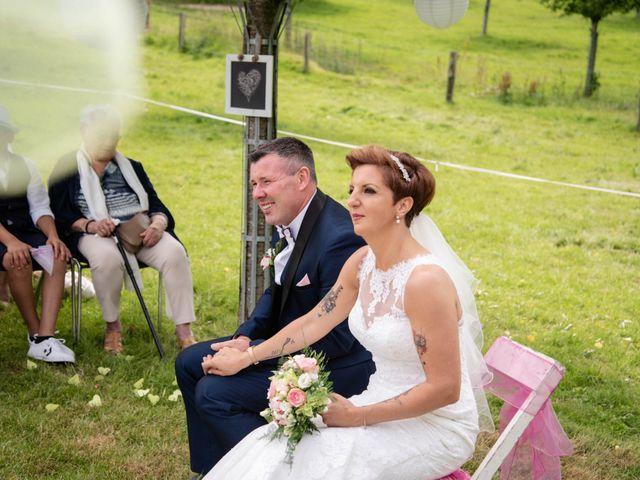 Le mariage de David et Clairette à La Selle-la-Forge, Orne 40