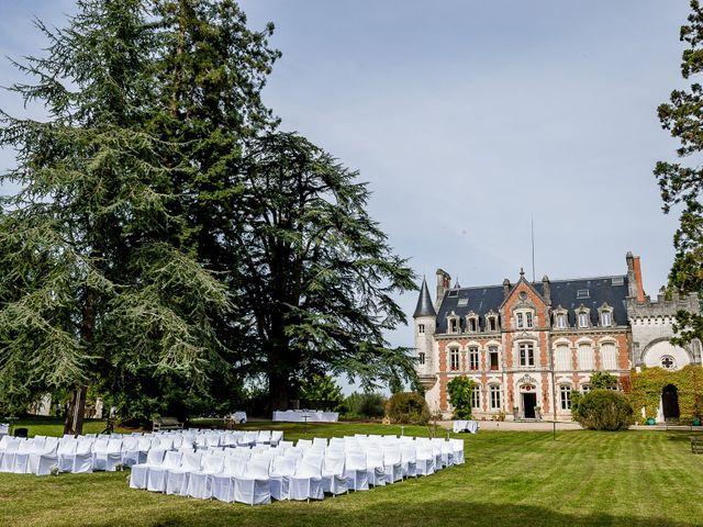 Le mariage de Martin et Cécile à Saint-Yrieix-sur-Charente, Charente 49