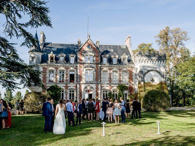 Le mariage de Martin et Cécile à Saint-Yrieix-sur-Charente, Charente 69